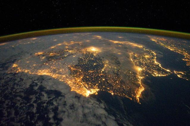 NASA difunde una espectacular foto nocturna de la península